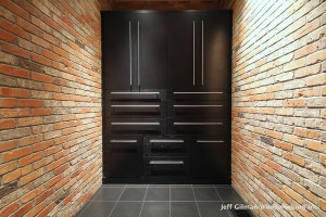 sleek cabinet design mt