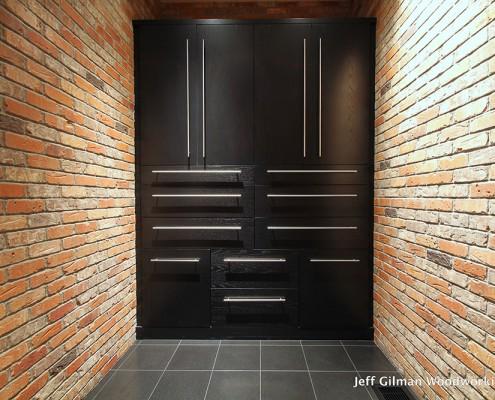 sleek cabinet design mt